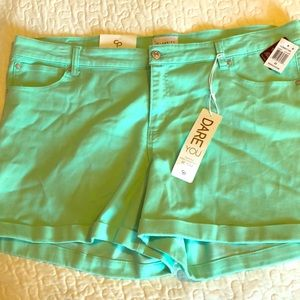 Celebrity Pink Dare You Shorts Lucite Green